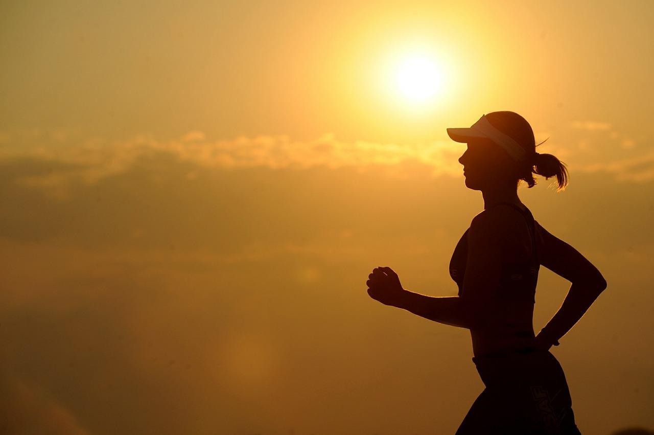 sport jogging tramonto
